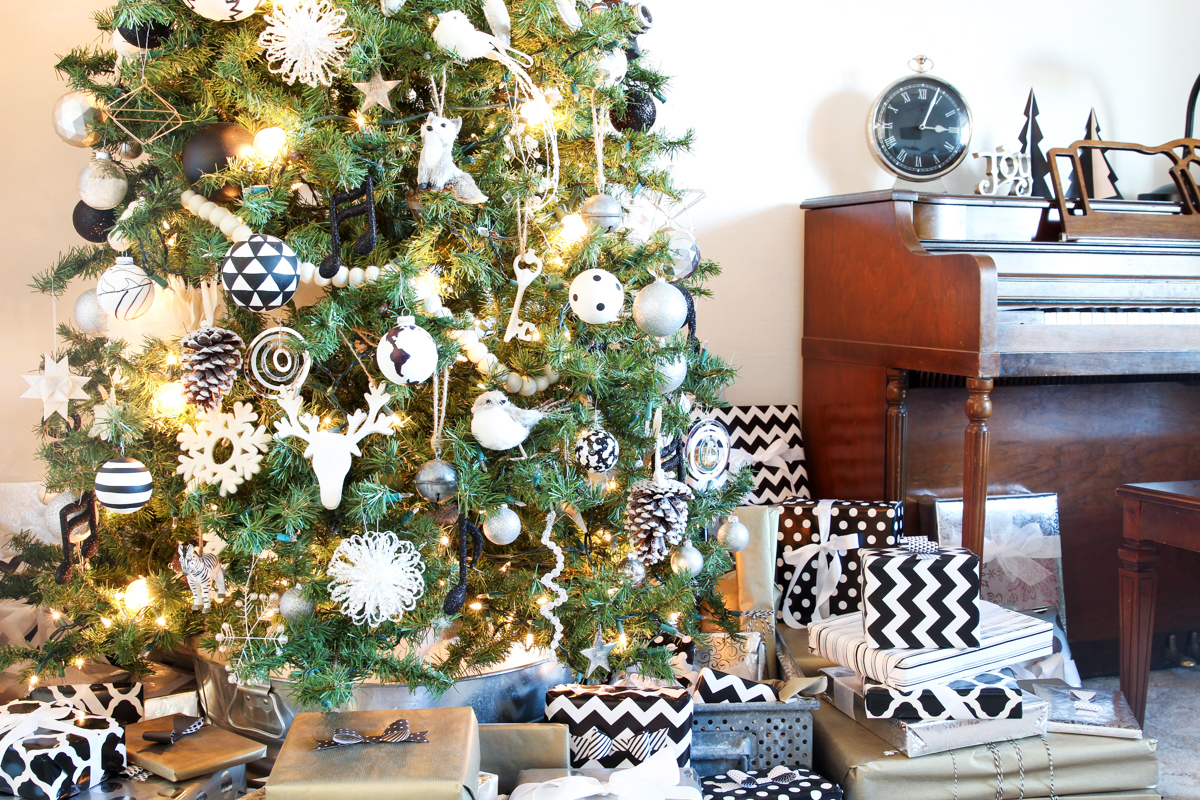Bettijo-Christmas-Tree