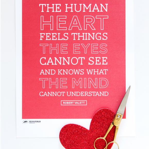 Love this Quote about the Human Heart -- FREE PRINTABLE to frame from @PagingSupermom