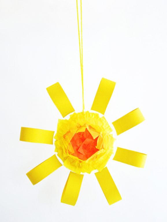 Fun Sun Craft Project for Kids via @PagingSupermom