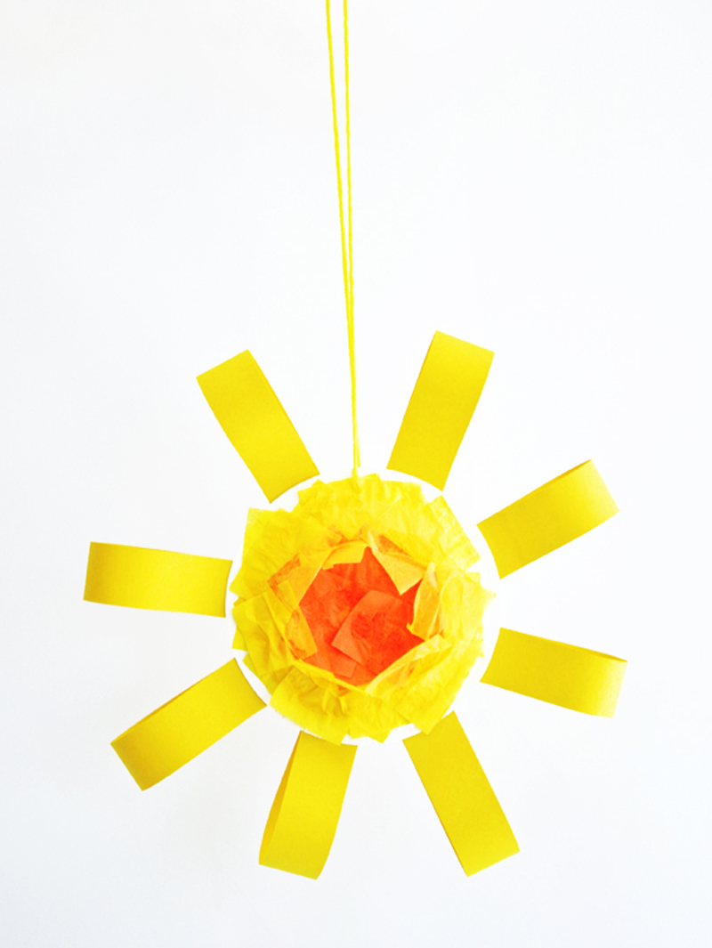 Fun Sun Craft Project for Kids via @PagingSupermom