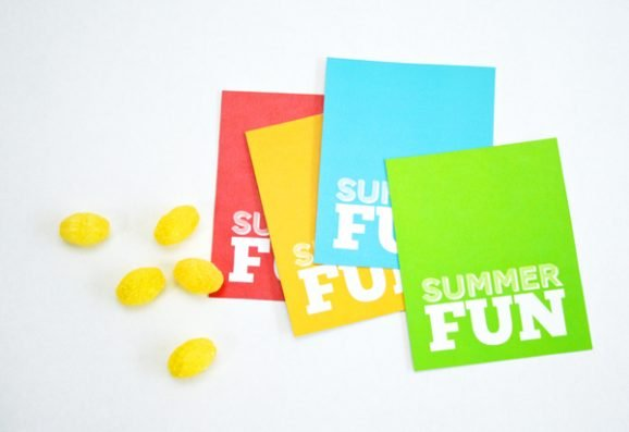 Cut Summer Fun Foldover Tags via @PagingSupermom