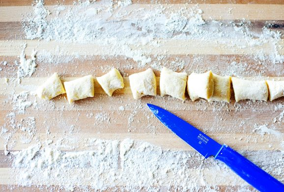 How to make Ricotta Gnocchi via @PagingSupermom