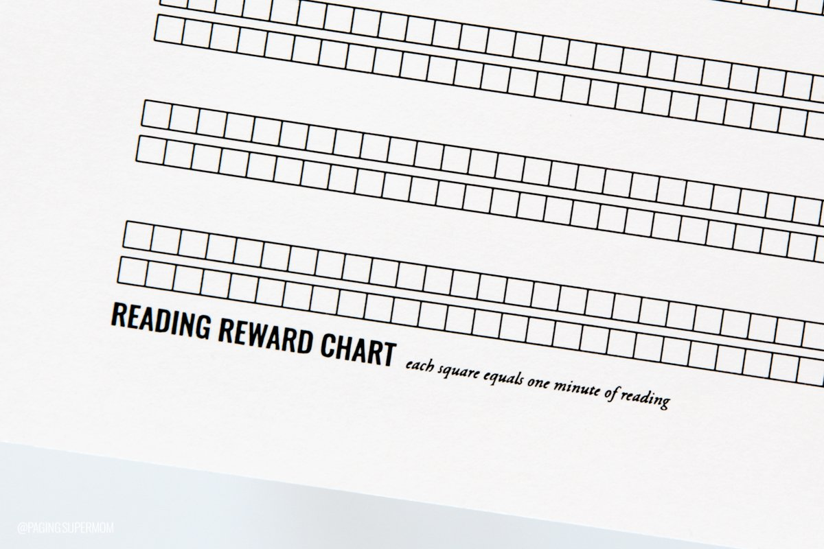 Free Printable Summer Reading Chart from @PagingSupermom