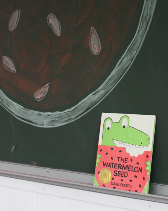The Watermelon Seed --  learn how to make these fun puppets via @PagingSupermom #booksalive