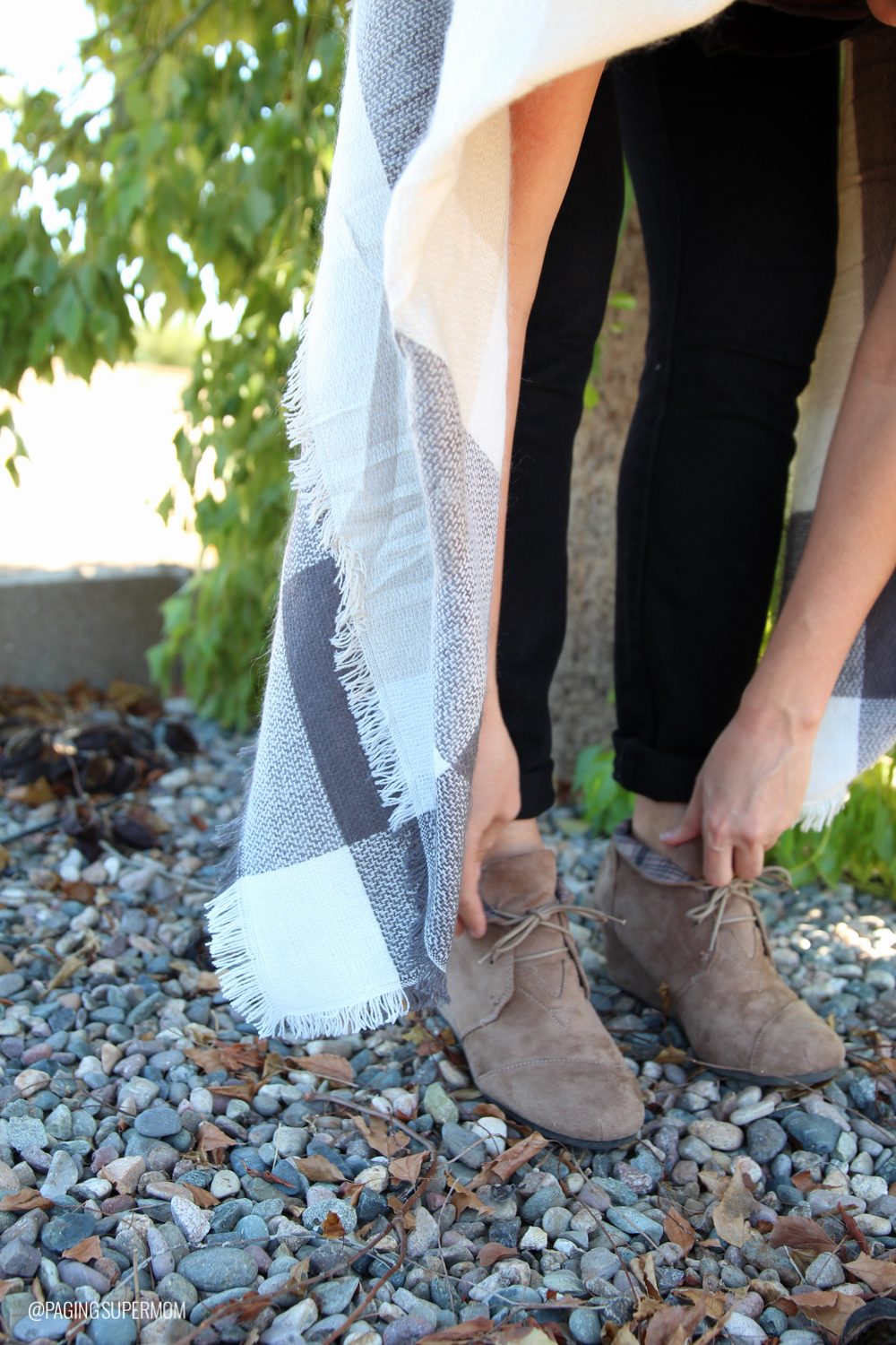 Love this Plaid Blanket Scarf and Booties combo for Fall