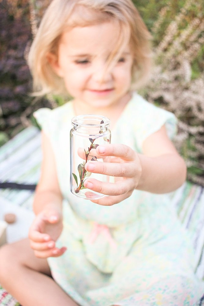 Great ideas to help you go outdoors with kids via @PagingSupermom