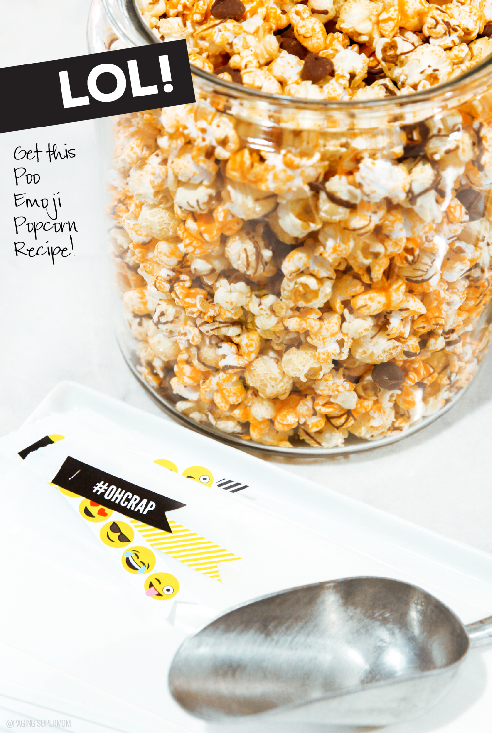 "Get this recipe for ""Poo Emoji Popcorn"" -- perfect for an Emoji Party! via @PagingSupermom"