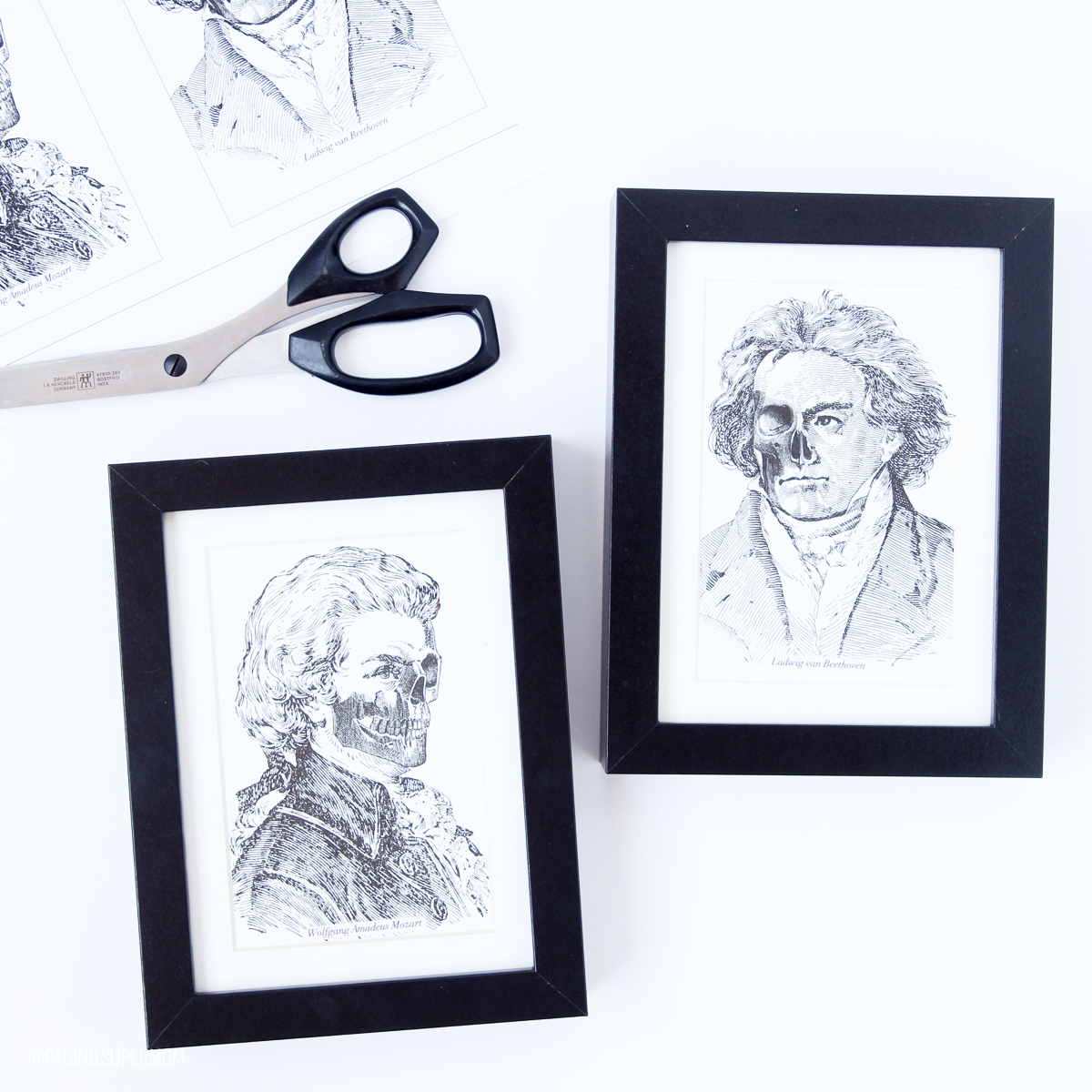 dFree Halloween decor prints - Zombie Composers Beethoven and Mozart - free prints from @PagingSupermom