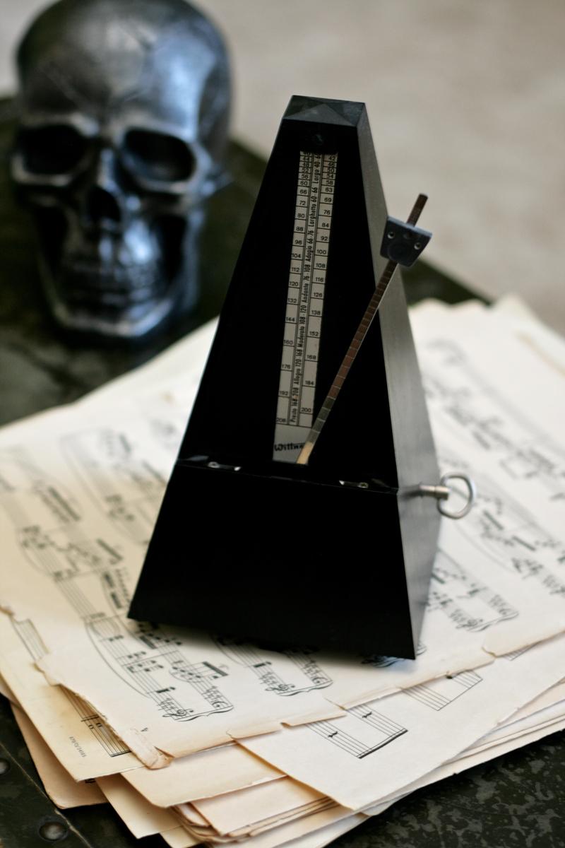 spooky-metronome
