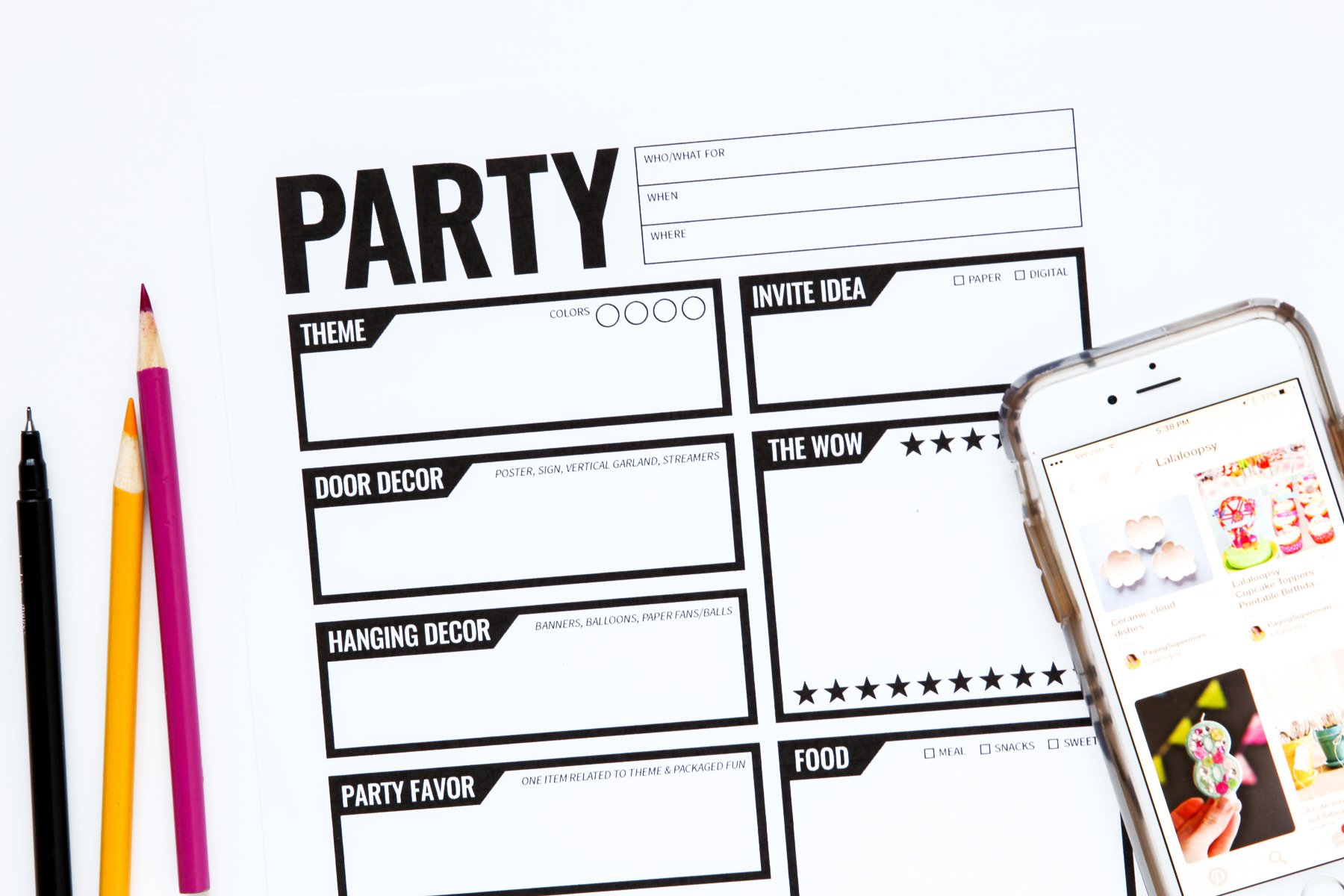 Party Planning Checklist to help you simplify and throw a fab party without going insane! via @PagingSupermom
