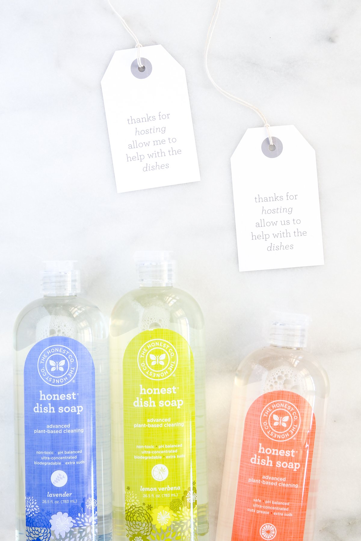 Love these Hostess Gift Ideas with FREE printable gift tags for dish soap or dish towels via @PagingSupermom