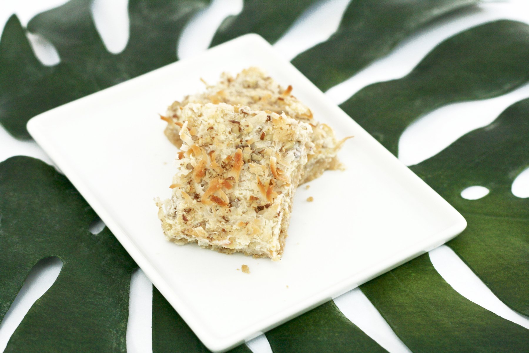 Moana Party Food Ideas: Coconut Kakamora Treat Bars. Recipe via @PagingSupermom