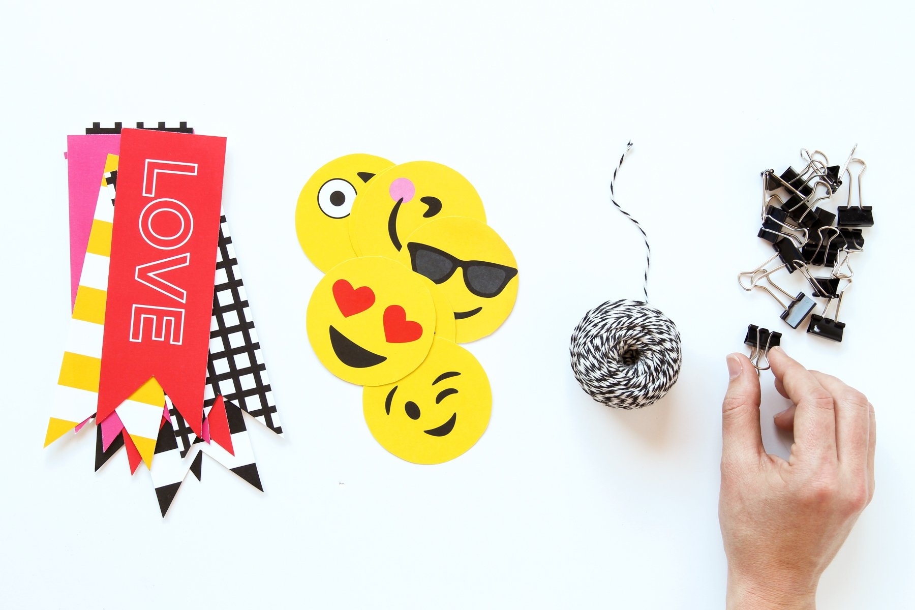 Super Cute Emoji Valentine's Decor made easy with Paging Supermom