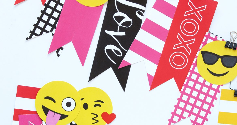 Emoji Valentine's Decor & Banner
