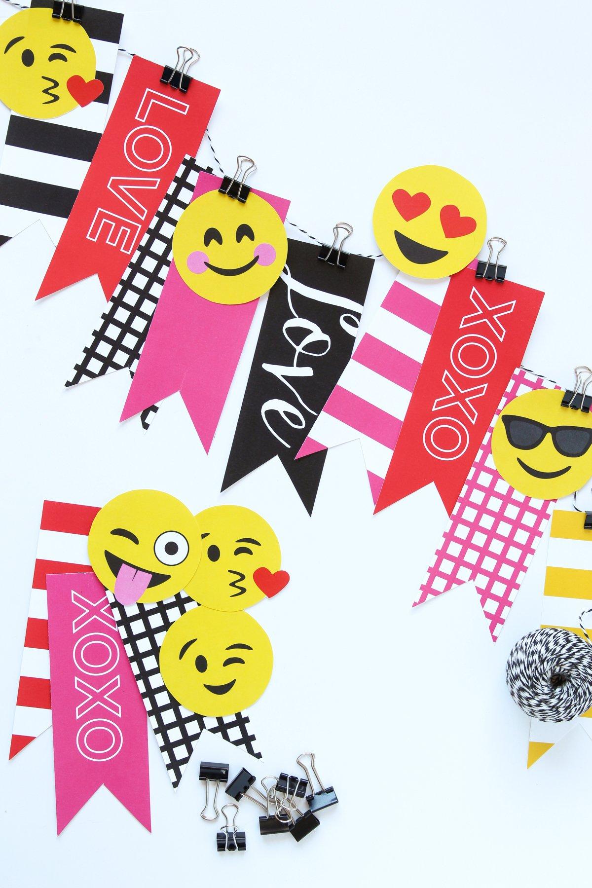 Emoji Valentine Banner 5