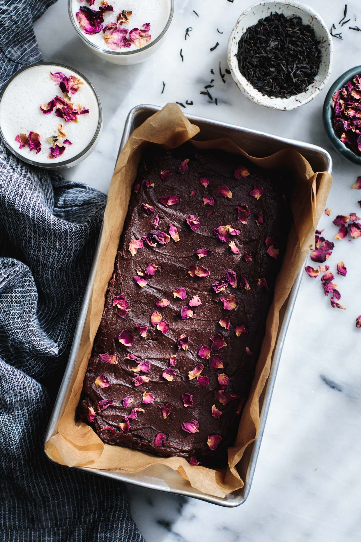 Frosted Earl Gray & Rose Petal Brownies - Rose Recipes Round Up via @PagingSupermom