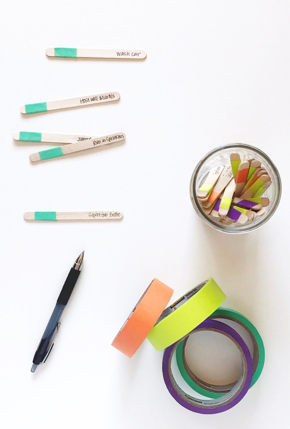 The SMARTER Way to do a Summer Boredom Busters Jar from a Mom of 4 via @PagingSupermom