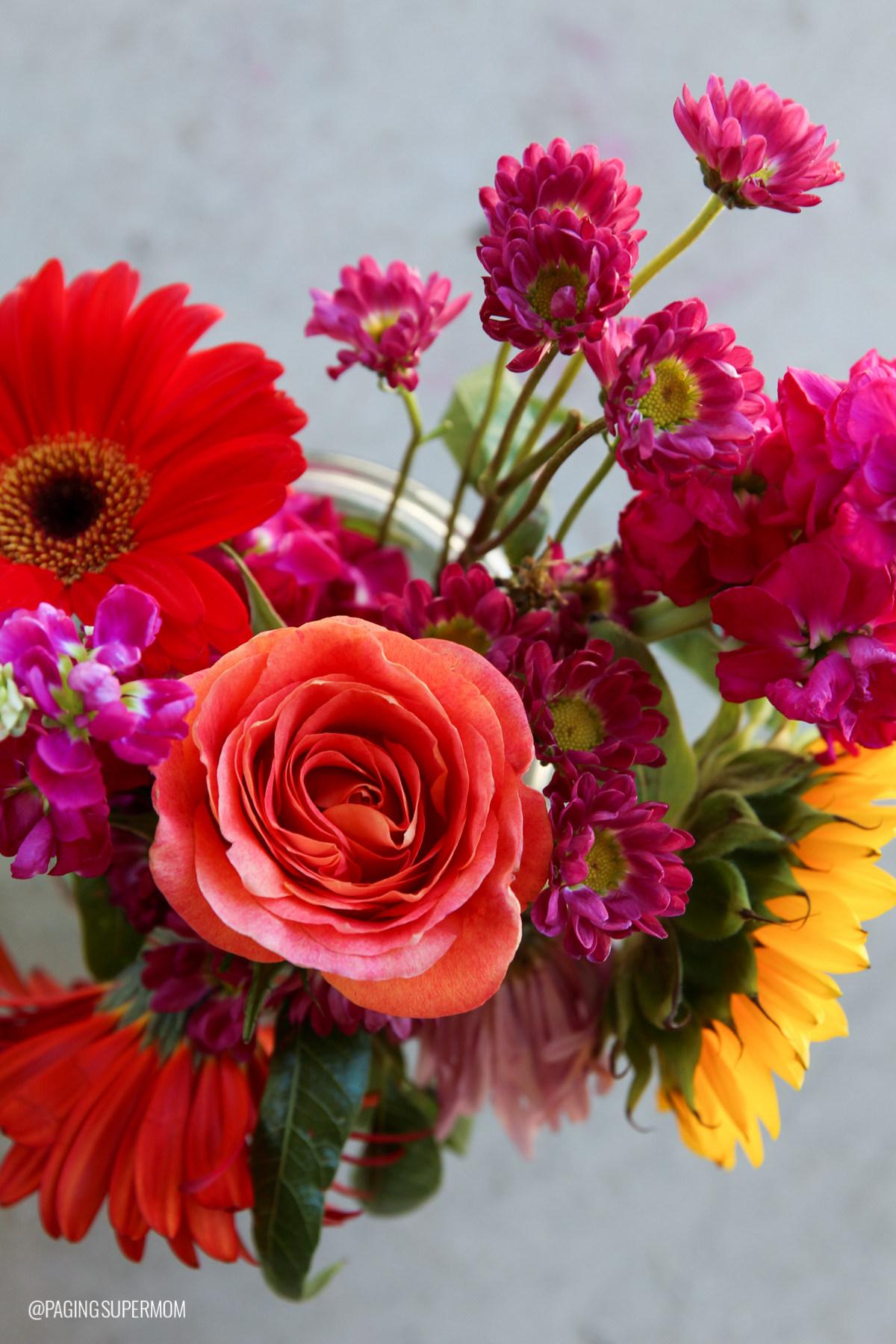Beautiful Flower Arrangements from our Flower Arranging Party via @PagingSupermom