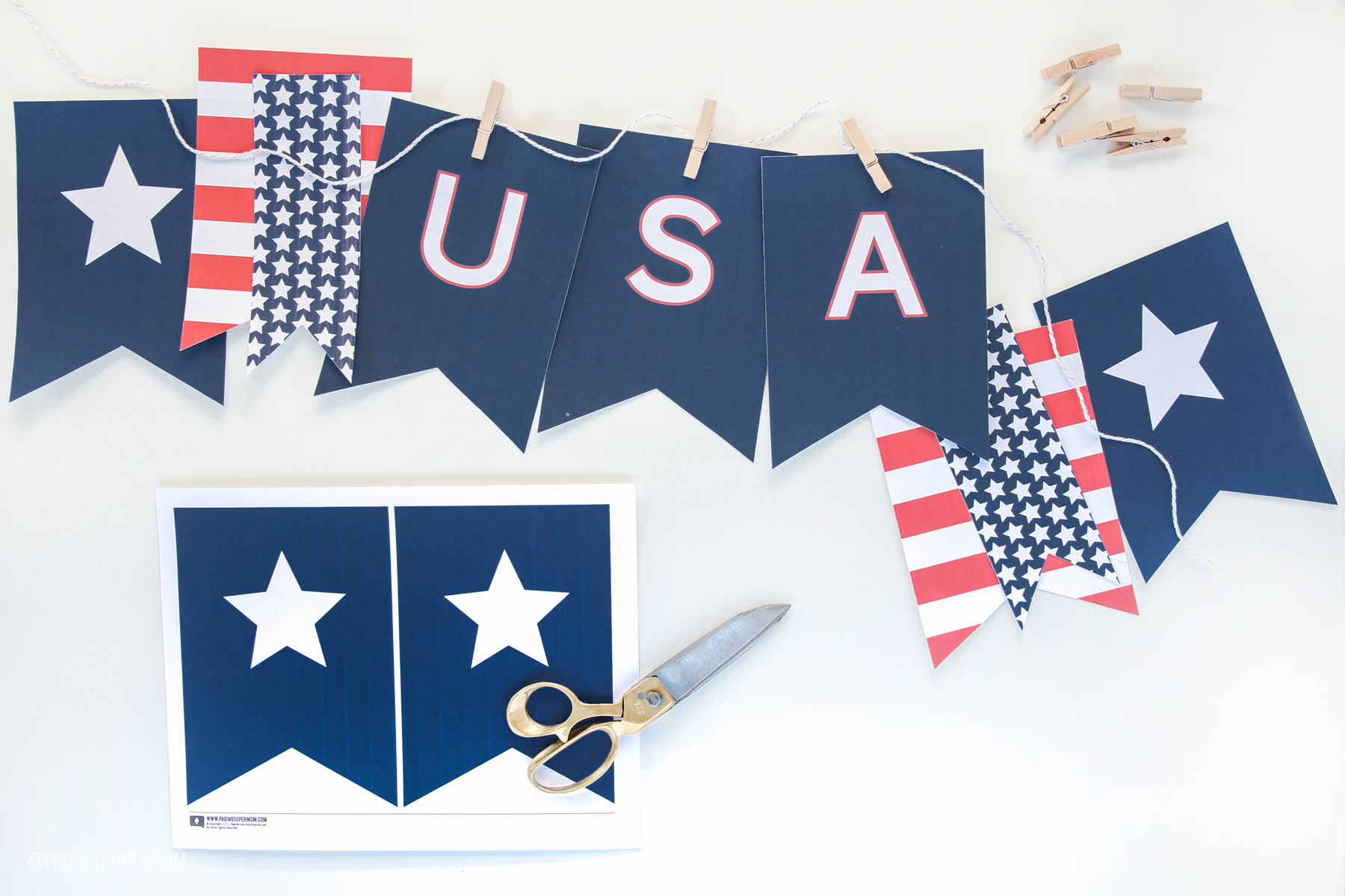 Love this Classic USA Banner - Free Printable USA Banner from @PagingSupermom