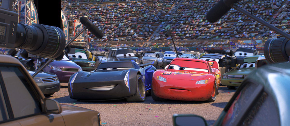 Jackson Storm beats Lightning McQueen #Cars3 via @PagingSupermom