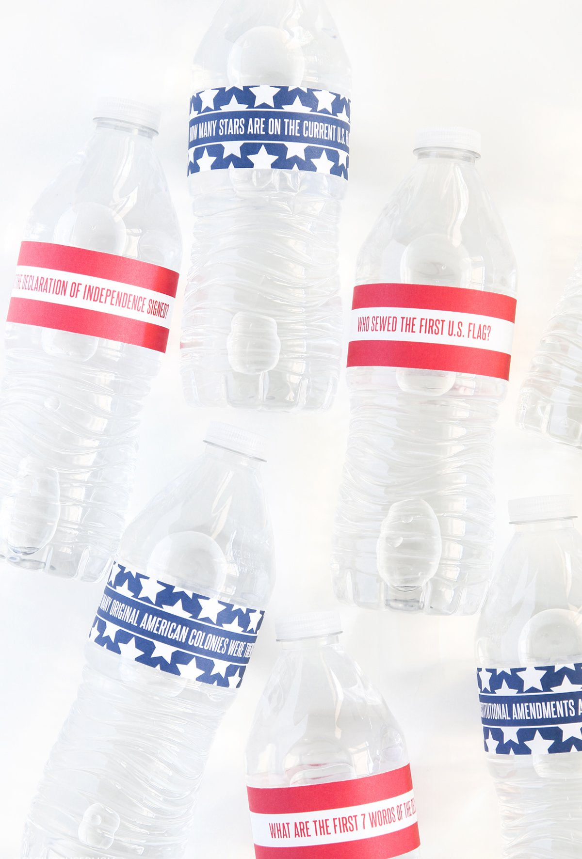 July 4th Water Bottle Wraps test your USA knowledge - FREE PRINTABLE via @PagingSupermom