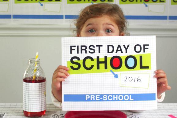FREE Printable Fun First Day of School Photo Signs Round Up via @PagingSupermom