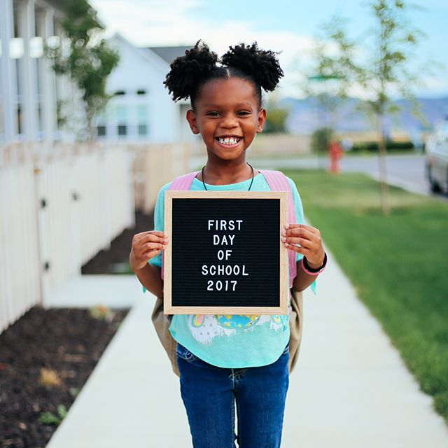 The 9 COOLEST First Day of School Photo Sign Ideas via @PagingSupermom