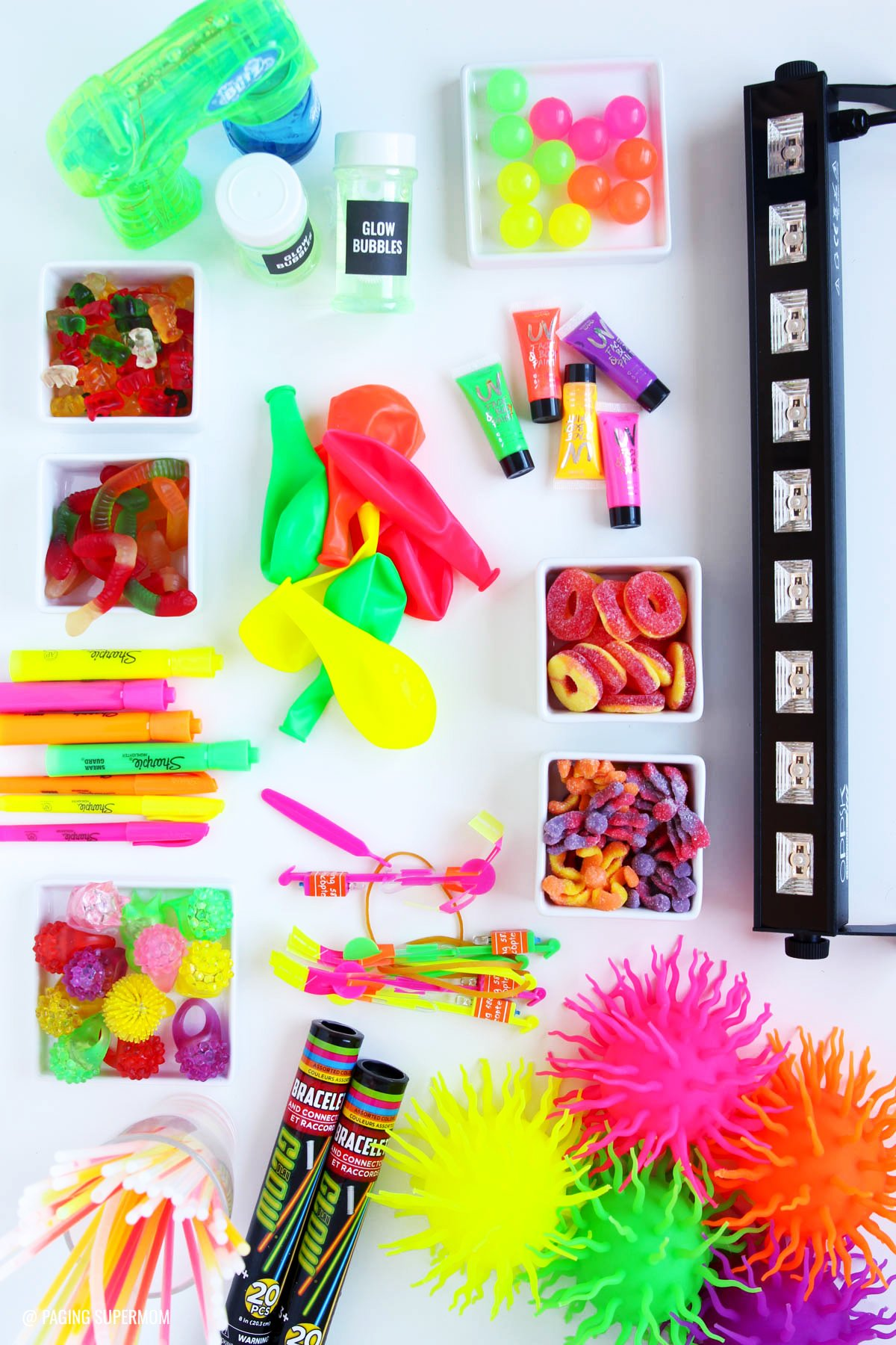 Glow stick party favor ideas