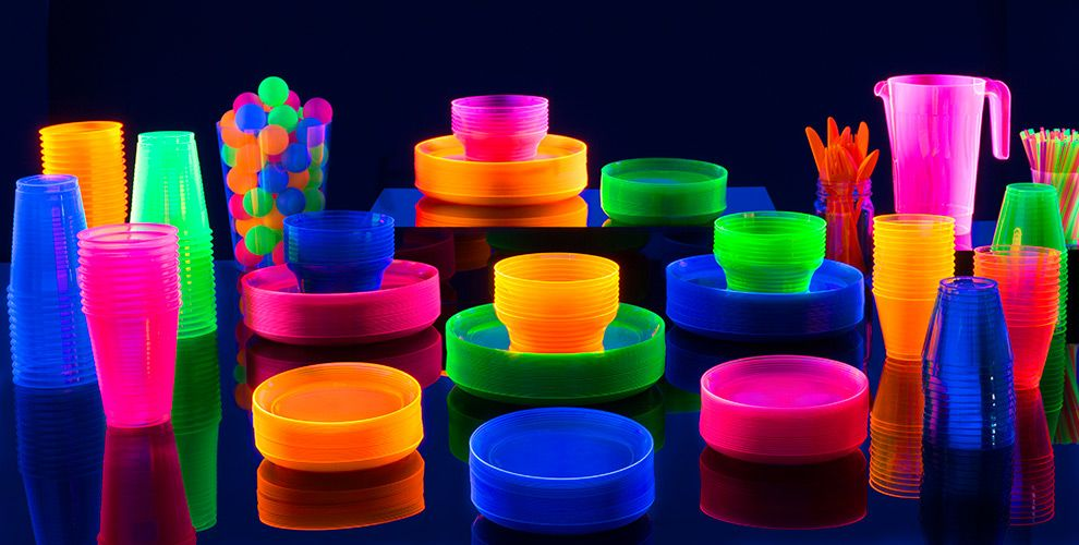 the ultimate blacklight party guide glowing decor ideas glowing food ideas the best