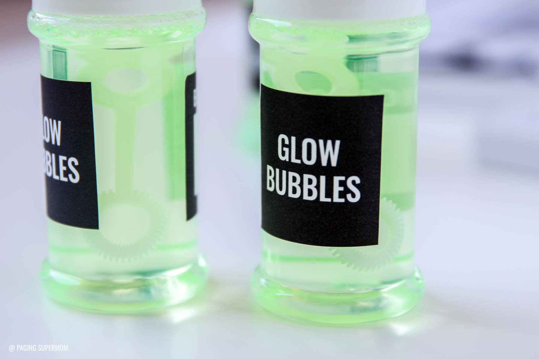 DIY Glow Bubbles and other Black Light Party Ideas via @PagingSupermom