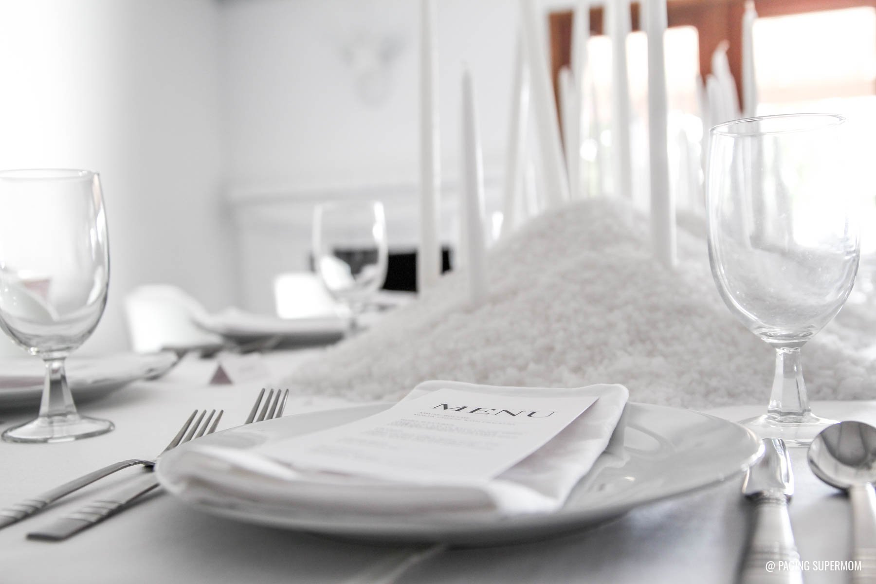 White Witch - A Sophisticated Halloween Dinner Party via @PagingSupermom