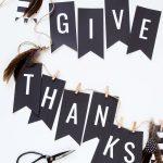 """Free Printable """"GIVE THANKS"""" Banner via @PagingSupermom"""