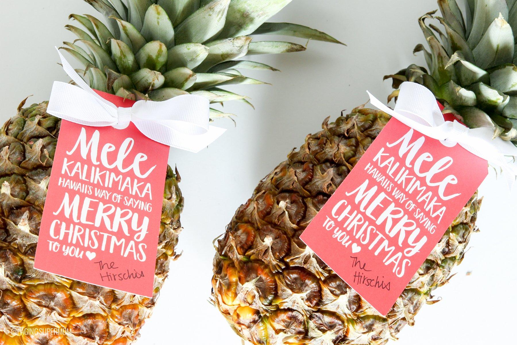 FREE Printable Mele Kalikimaka Pineapple Christmas Gift Tag via @PagingSupermom
