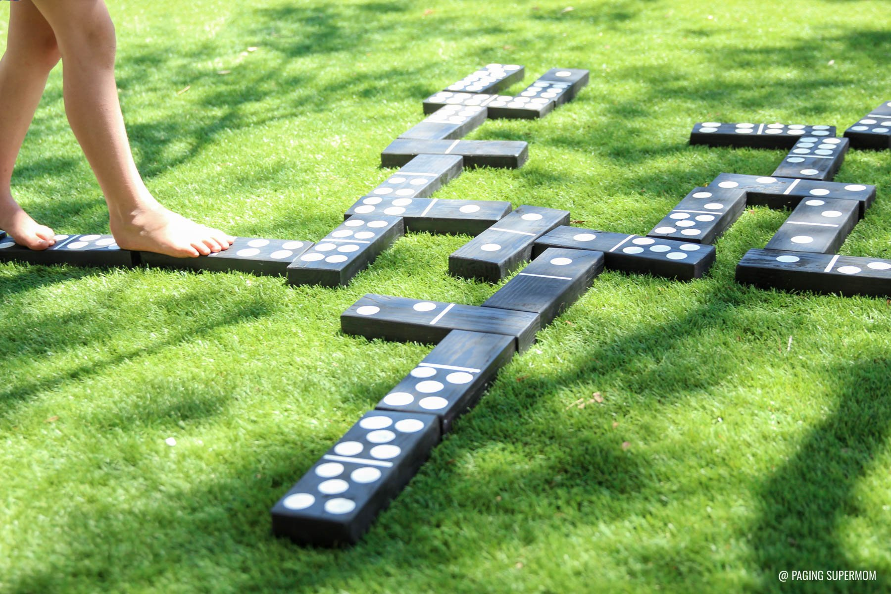 Backyard games how to make yard dominoes ring toss giant jenga how to make yard dominoes diy backyard games plans from homedepot via pagingsupermom solutioingenieria Image collections