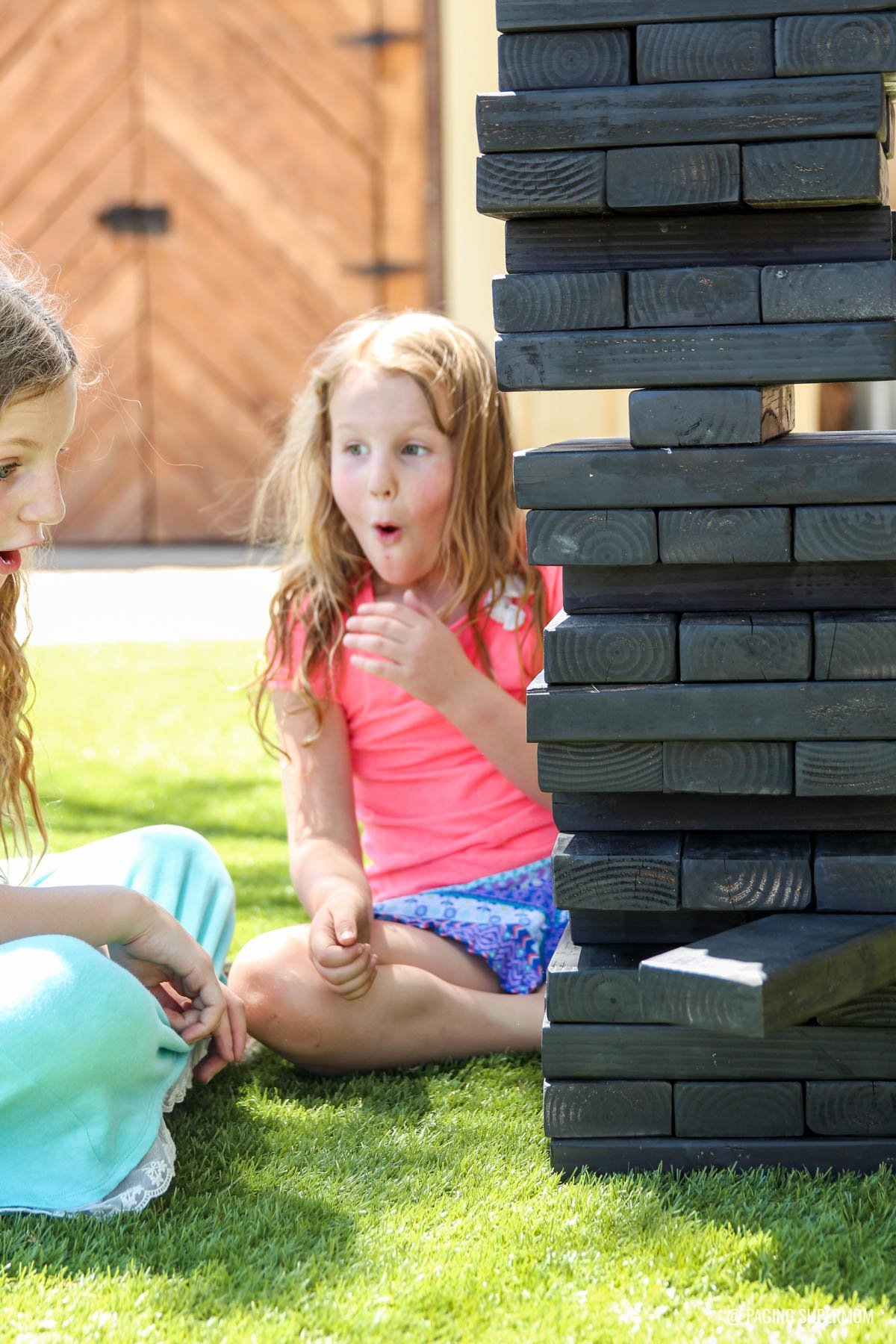 How to Make Jenga-inspired Stacking Blocks - DIY Backyard Games plans from @HomeDepot via @PagingSupermom