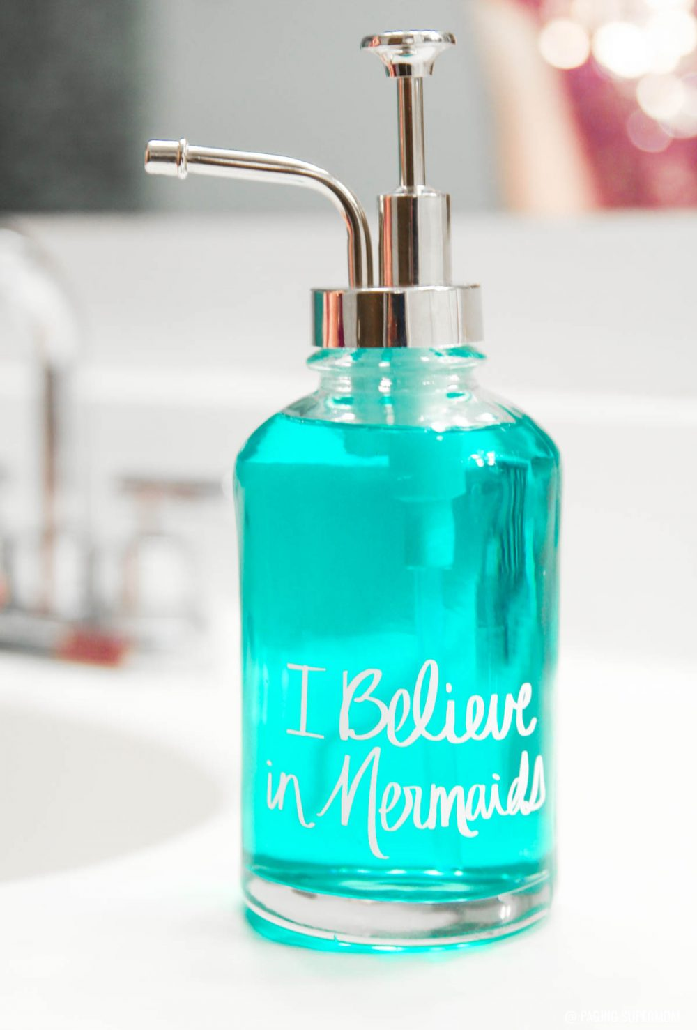 Mermaids Bathroom Decor ideas. See how to make this easy DIY Mermaid Soap Pump via @PagingSupermom