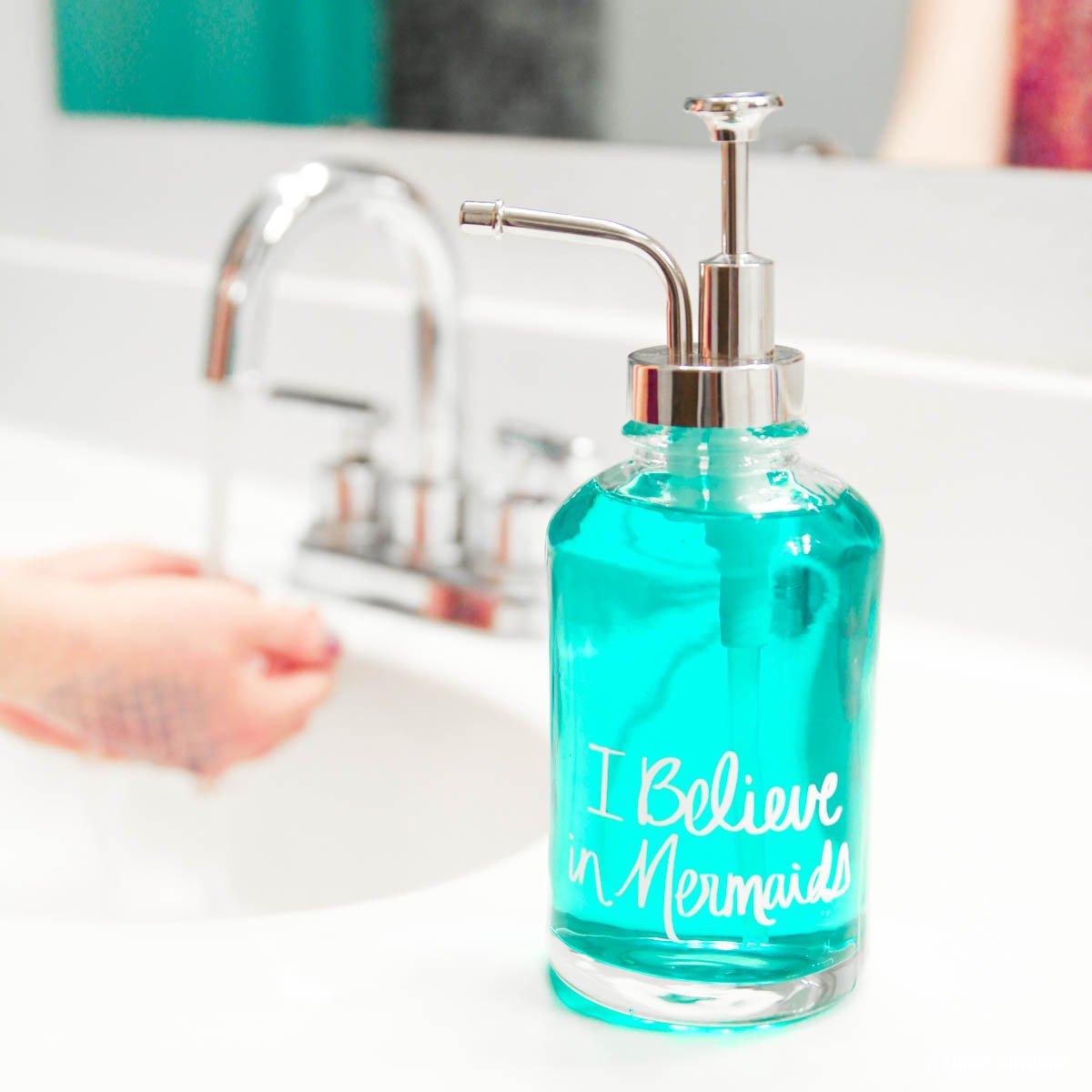 Mermaid Bathroom Ideas: Make this DIY hand-lettered soap pump via @PagingSupermom