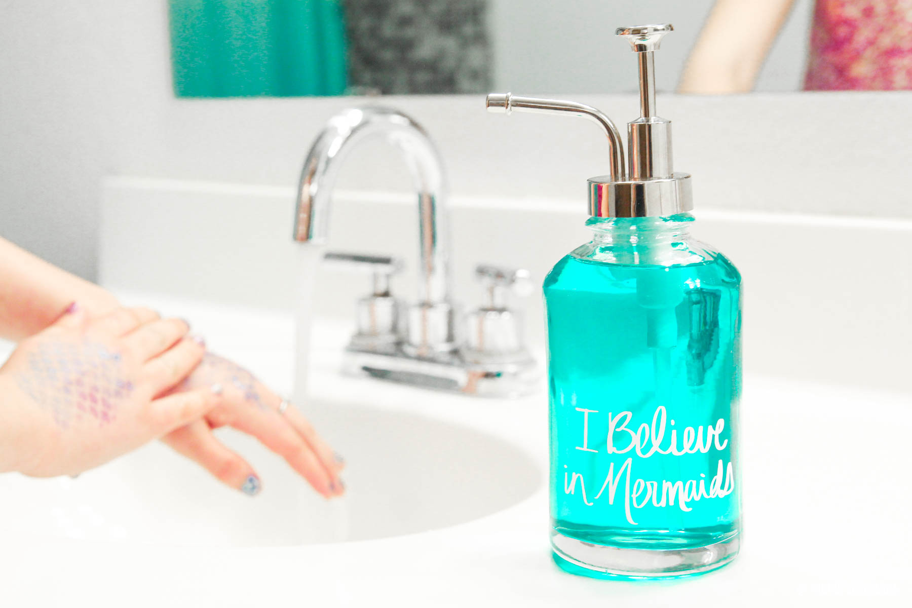 Mermaids Bathroom Decor ideas. See how to make this easy DIY Mermaid Soap Dispenser via @PagingSupermom