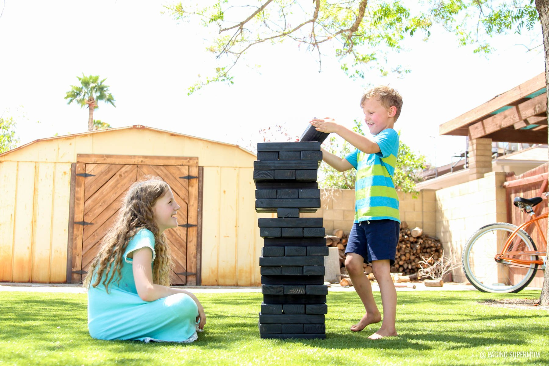 Backyard Jenga Game - DIY Backyard Games plans from @HomeDepot via @PagingSupermom