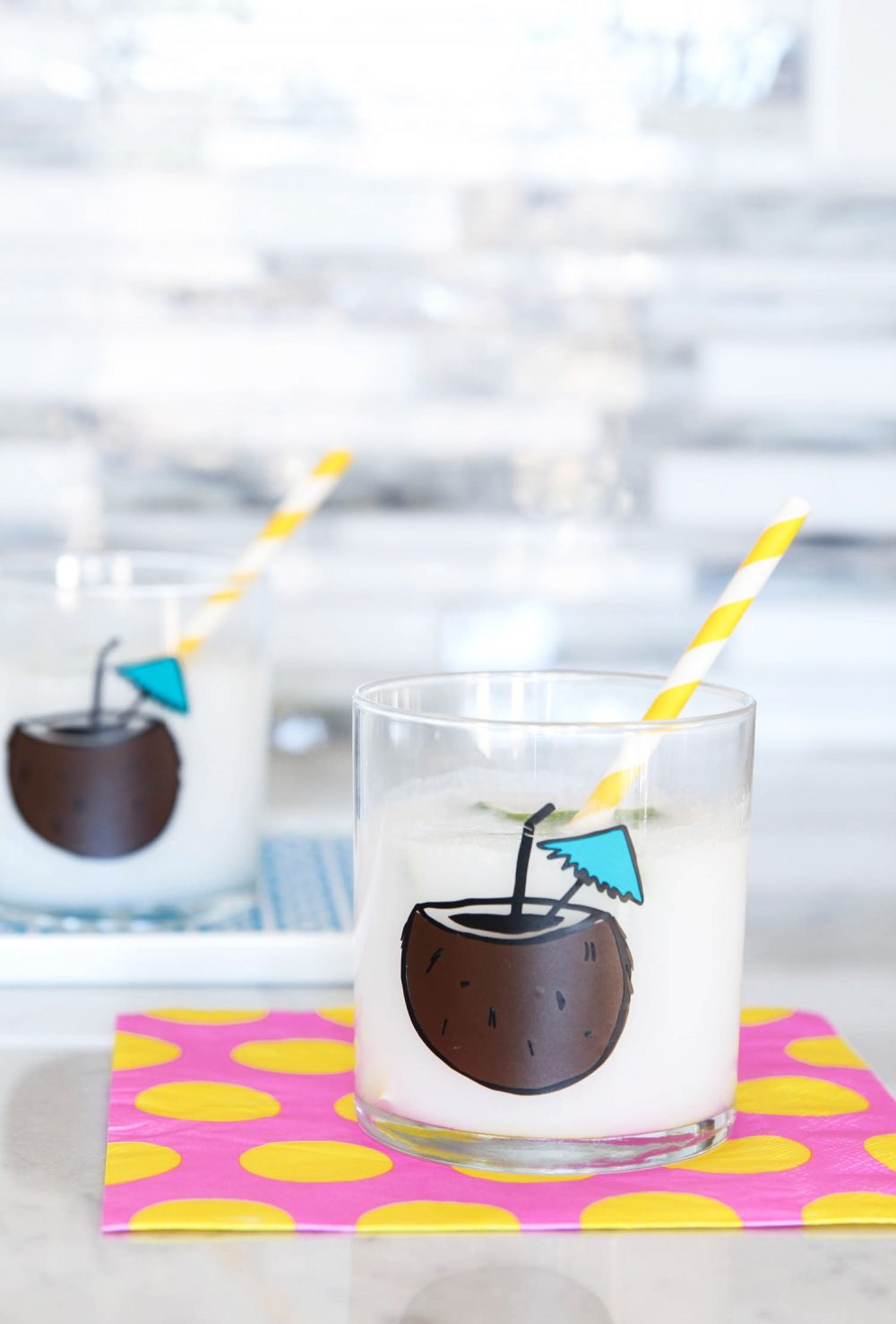 DIY Coconut Cocktail Tumblers via @PagingSupermom
