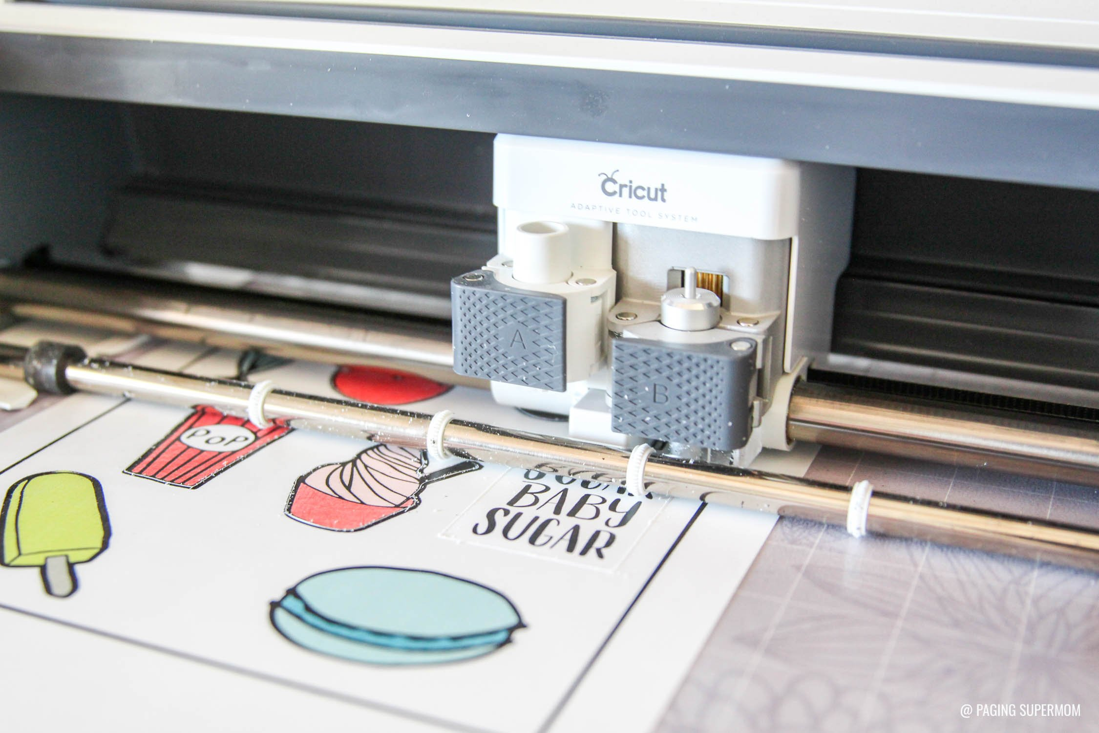 How to cut Shrinky Dinks with Cricut via @PagingSupermom