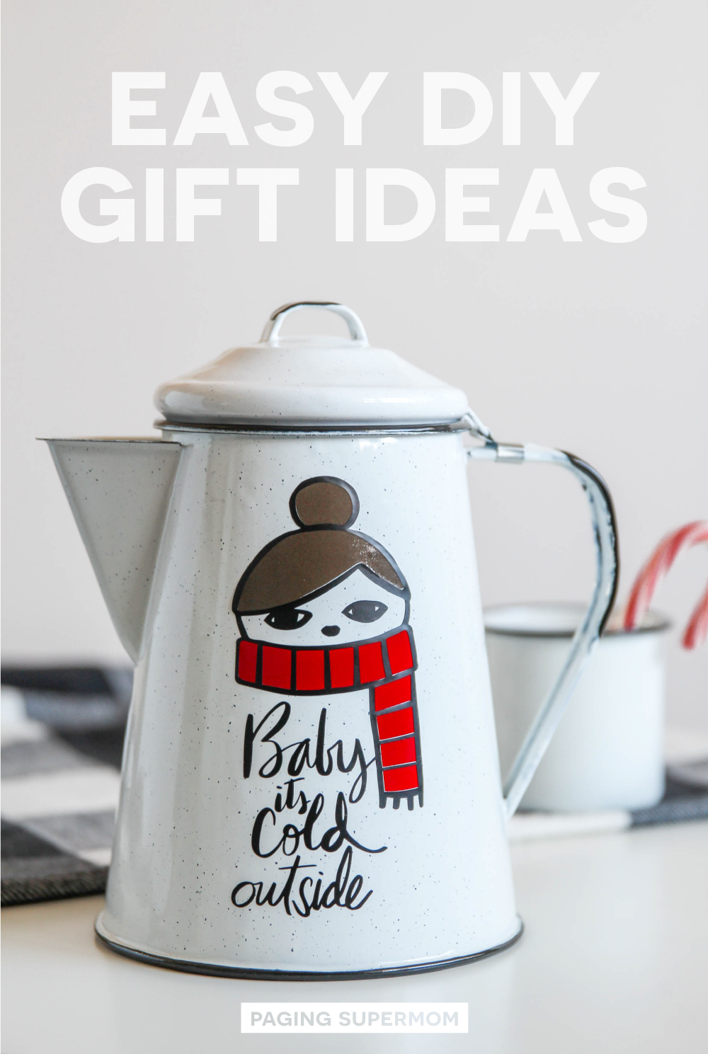 Easy DIY Christmas Gift Ideas using Vinyl Layering via @PagingSupermom