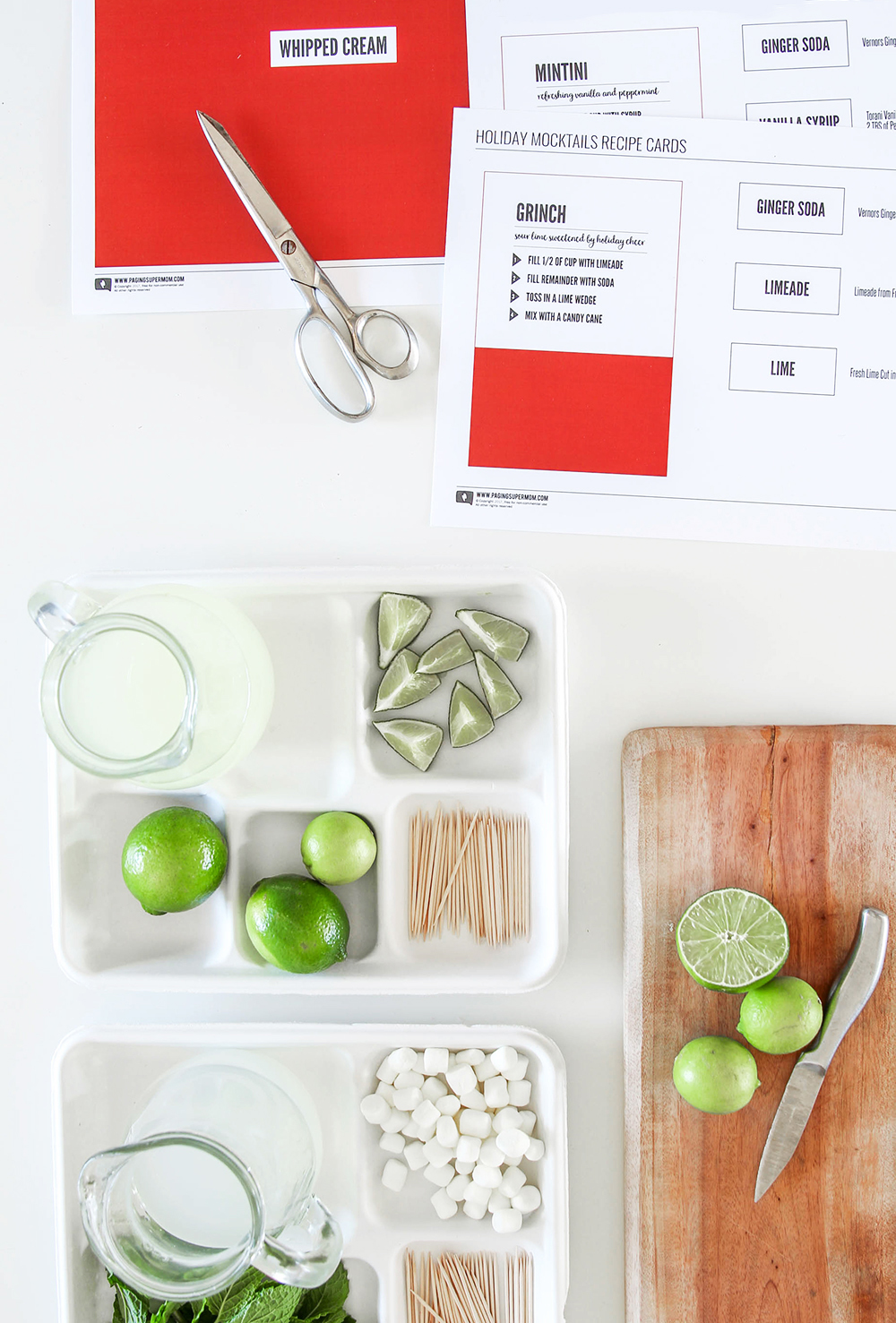Christmas Cocktails Ideas and Christmas Cockatils Station FREE Printable Kit via @PagingSupermom